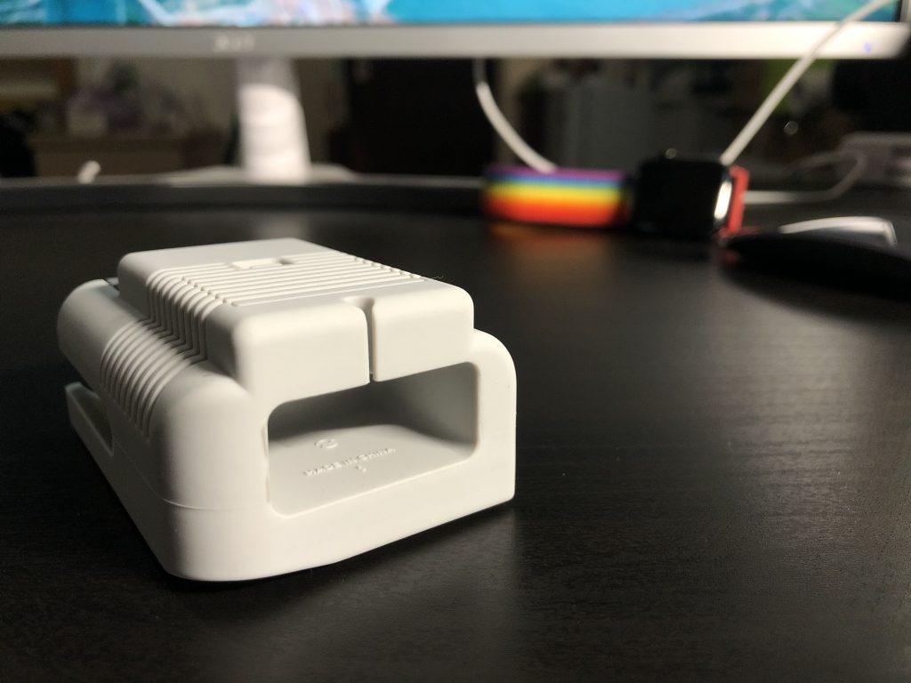 Elago W5、Apple Watch 充電座